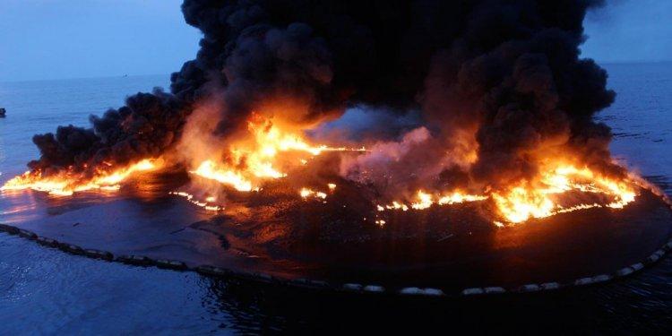 Fire Boom | Pyro Boom | Oil