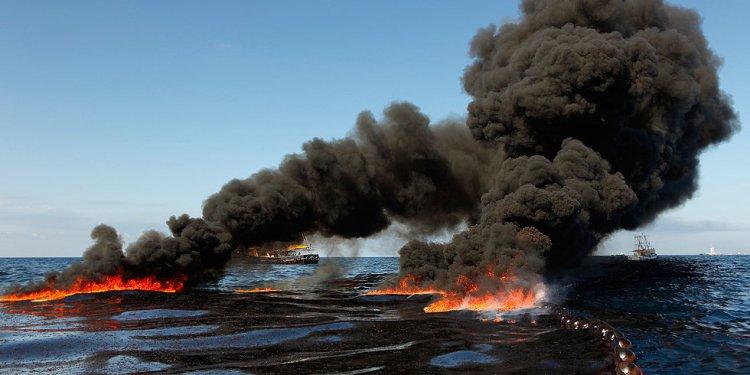 COM - oil spill