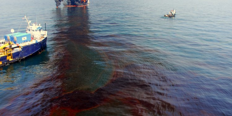 VIDEO: Sick Gulf Oil Spill