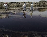 Meaning of oil spills