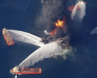 What caused the BP oil spill 2010?
